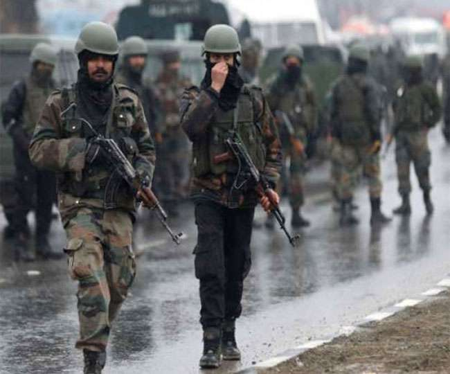 Days after deployment of 10,000 troops, govt to move 25,000 more troops to Kashmir