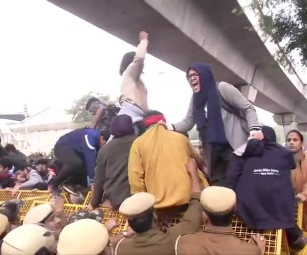 Jamia Millia Islamia cancels exam, announces vacation till Jan 5 after demonstration by students over CAA