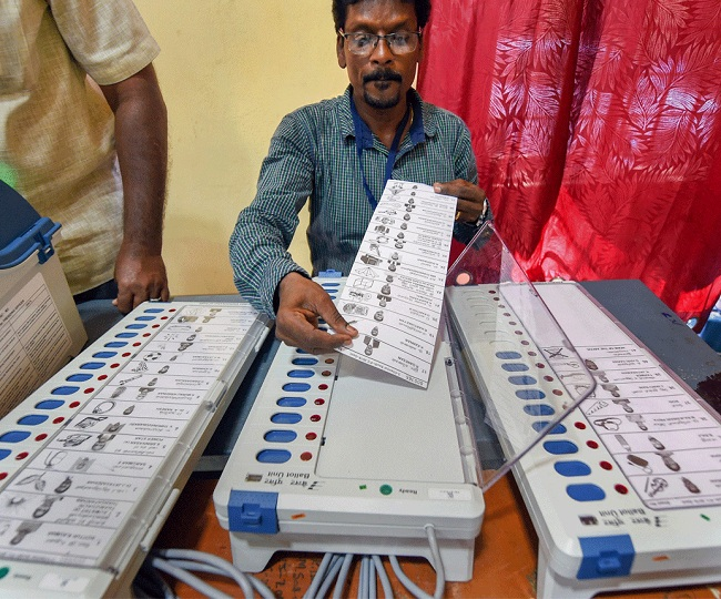 Jharkhand Election Results: Congress-JMM reaches out to JVM as it touches majority mark, BJP approaches AJSU