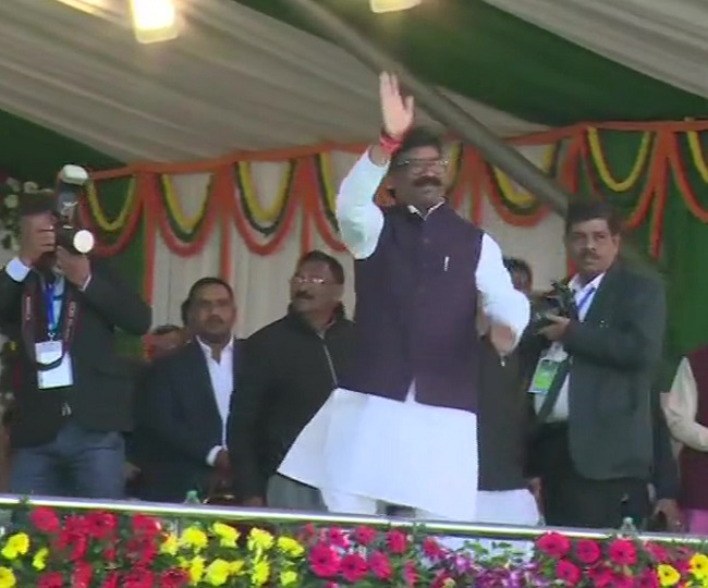 Opposition show of strength on display as Hemant Soren takes oath as 11th Chief Minister of Jharkhand