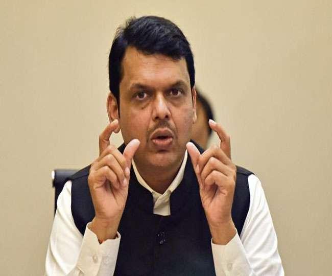 Maharashtra Power Tussle   Fadnavis meets RSS Chief Mohan Bhagwat amid deadlock with Shiv Sena
