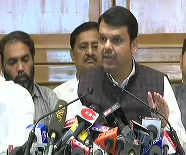 Maha Govt Formation | Fadnavis resigns as CM, says 'Thackeray betrayed mandate'; Sena hits back