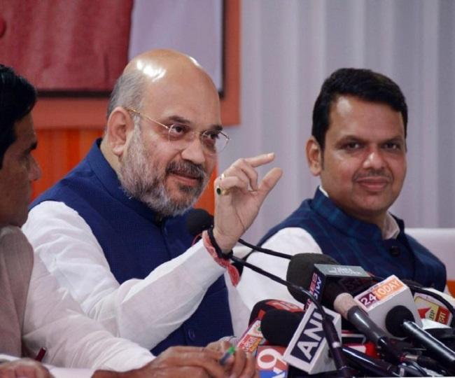 Maharashtra Impasse | BJP core committee meets at Devendra Fadnavis' residence to decide on Guv's invitation