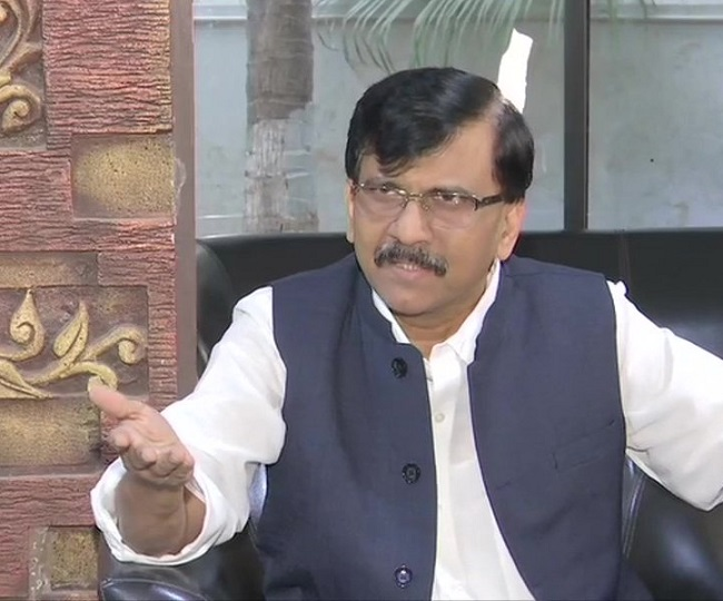 Maharashtra Coup | 'Come and watch yourself': Sanjay Raut dares Governor to witness Sena-NCP-Cong's show of strength at 7 pm today