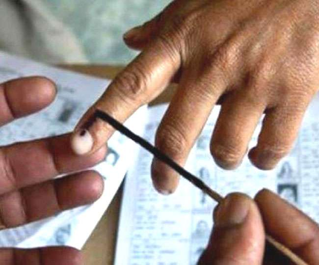 Maharashtra Polls   United by blood, divided by politics! A look at family members pitted against each other