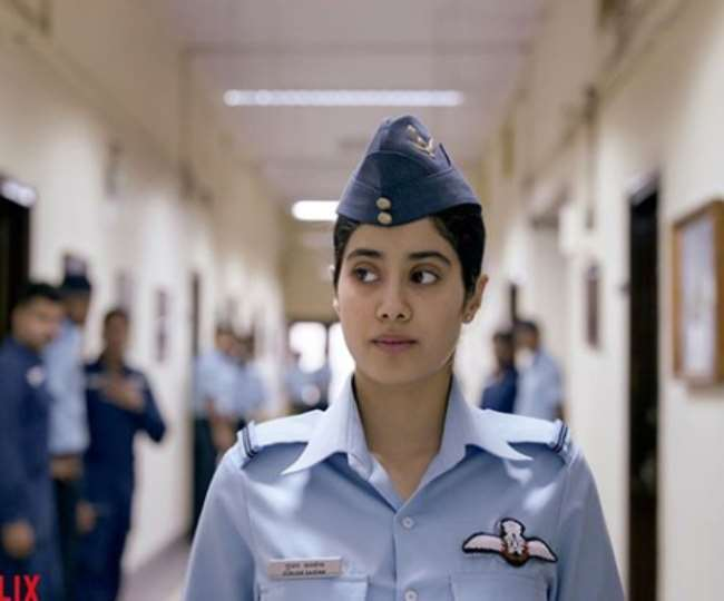 Was Gunjan Saxena The First Lady Pilot To Fly To Kargil Here Is The Truth