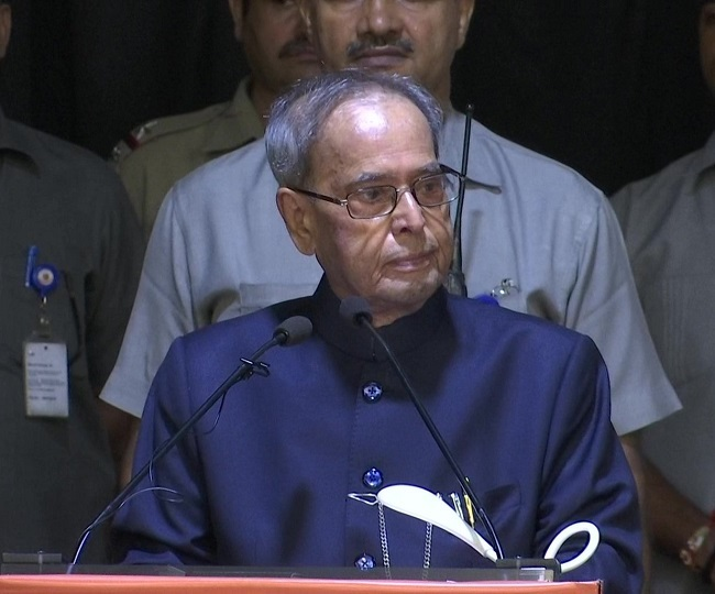 Pranab Mukherjee's health 'declines', former President in 'septic shock' due to lung infection: Army Hospital