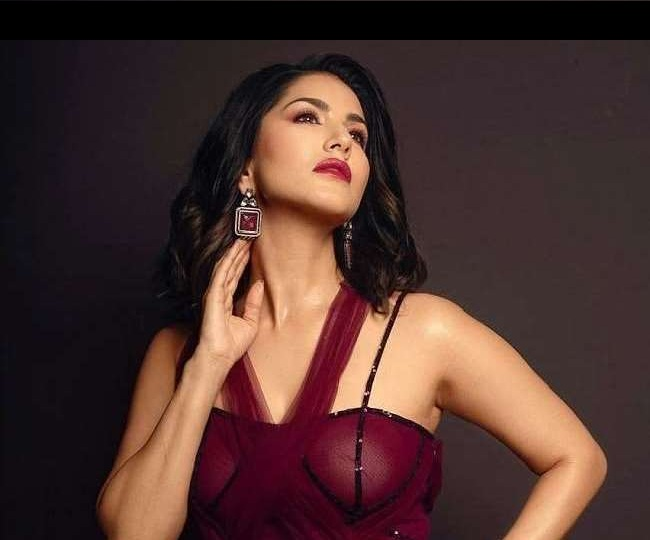 Sunny Leone 'tops' merit list for admission in Kolkata college with full marks in four subjects of Class 12 exams