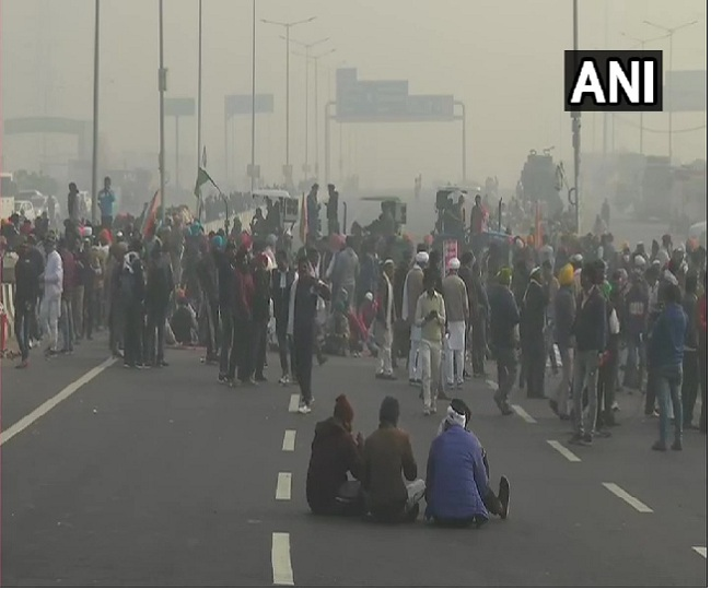 Farmers' Protest: Agitating farmers refuse to accept amendments in farm laws; 2 more unions from UP, Delhi support new legislation | Highlights