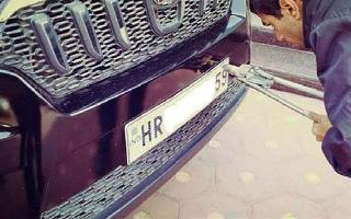 Delhi govt makes High Security Number Plates mandatory for all vehicles;..
