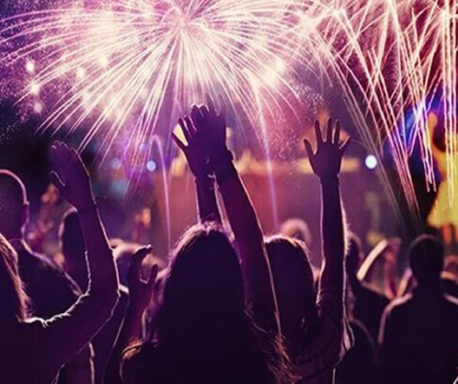 Happy New Year 2021 Party Ideas: 5 easy tips to plan New Year's Eve party at home
