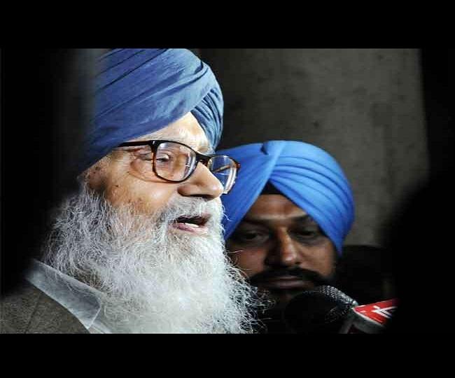 Parkash Singh Badal, former Punjab CM, returns Padma Vibhushan to protest 'betrayal of farmers by govt'