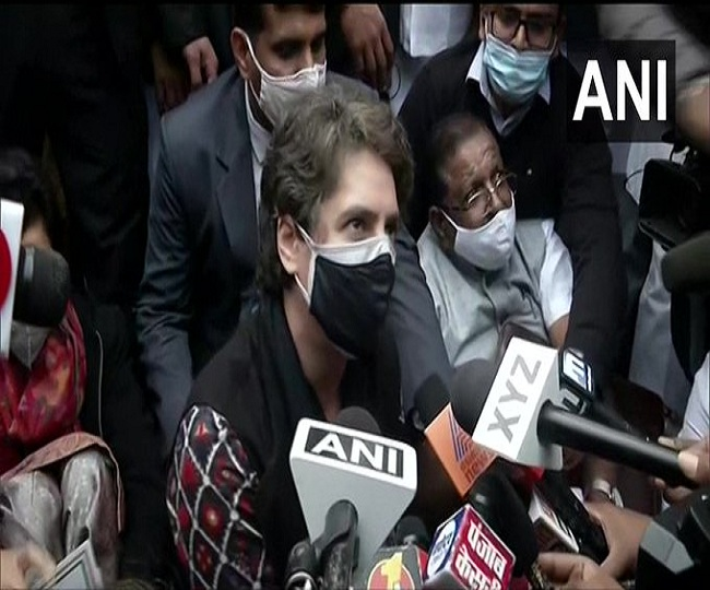 'Any dissent against govt classified as element of terror': Priyanka Gandhi as cops stop Congress' march to Rashtrapati Bhavan