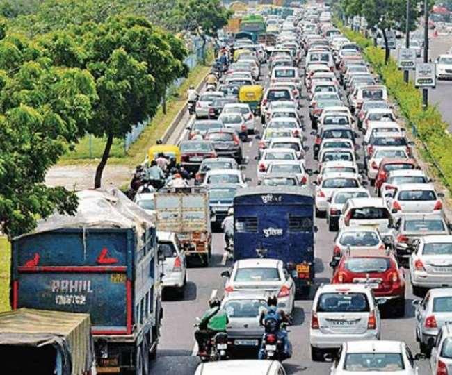 Delhi Traffic Updates: Ghazipur, Tikri, Chilla, Jharoda border closed due to farmers' protest; check alternate routes here