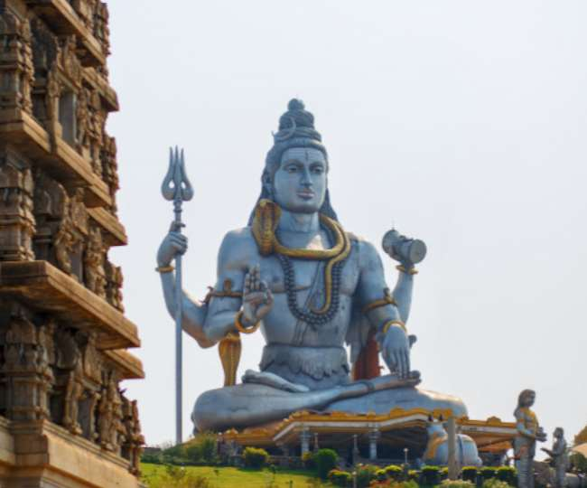 Mahashivratri 2020: Recite Shiva Chalisa on this auspicious day to impress Lord Shiva and gain wealth and success