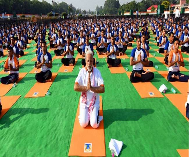 Happy International Yoga Day 2020 Wishes Quotes Messages Sms Whatsapp And Facebook Status To Share On This Yoga Day