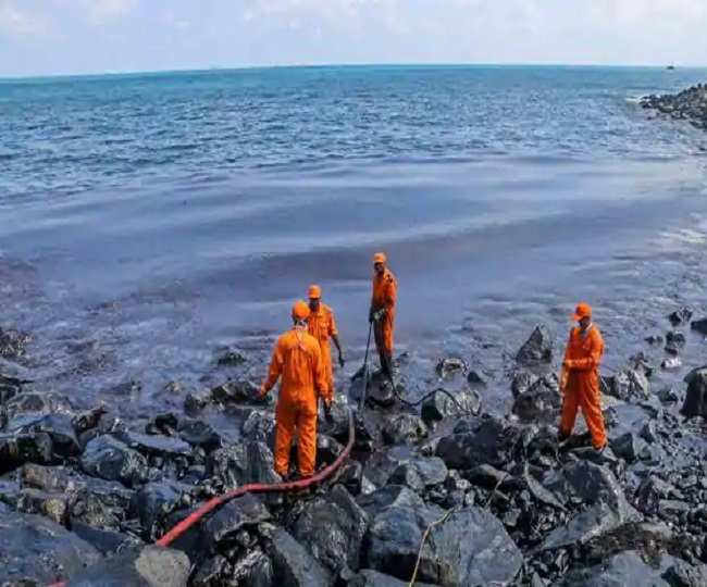 Russia declares emergency in Northern Siberia after catastrophic oil spillage