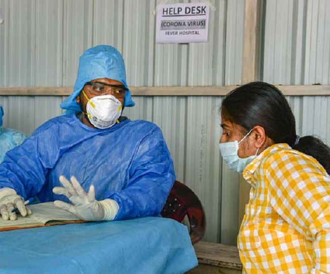 80 cities locked down to combat coronavirus; trains, buses, metro services suspended till March 31 | Complete Coverage