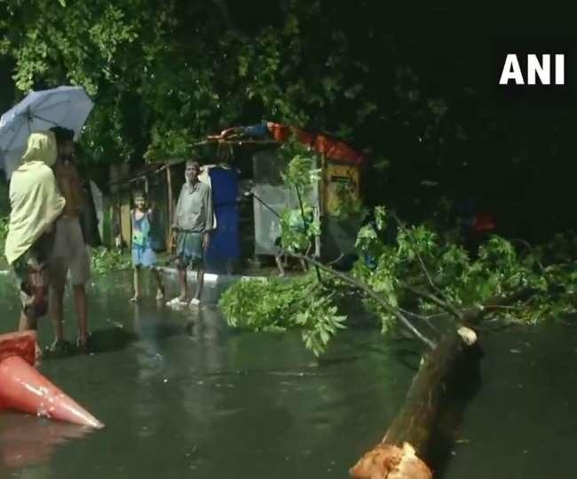 Cyclone Amphan batters Bengal, CM says 12 dead in impact worse than coronavirus