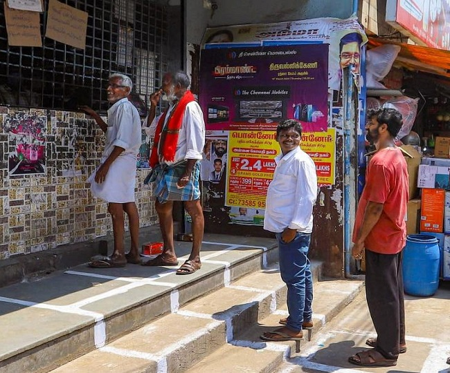 Coronavirus Lockdown: Karnataka plans to open liquor shops, shopping malls from May 4