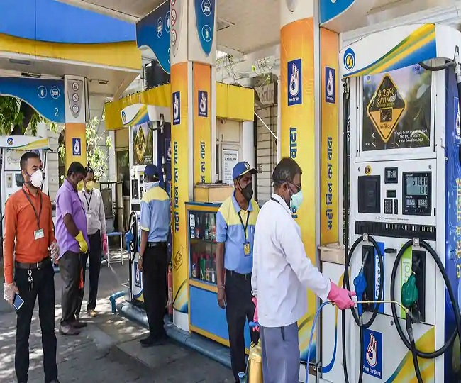 Govt mulling to give green signal to oil companies for home delivery of petrol and CNG: Dharmendra Pradhan