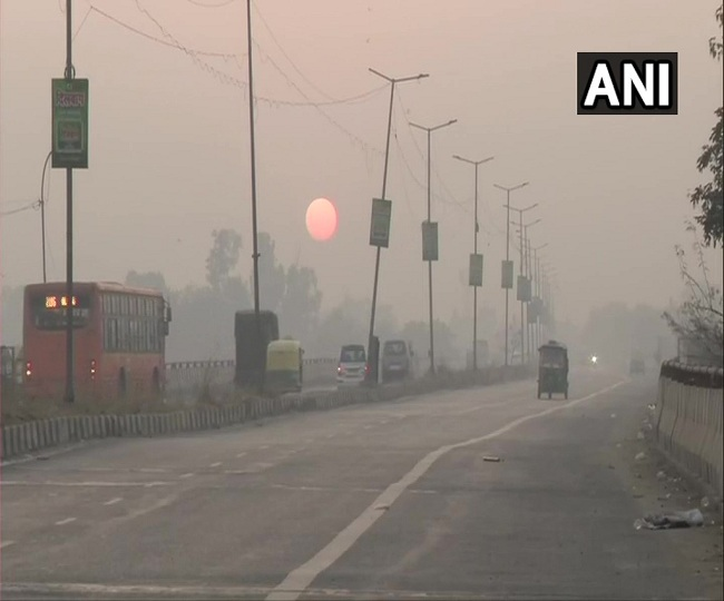 Delhi Air Pollution: AQI still in 'very poor' category despite marginal improvement in pollution levels