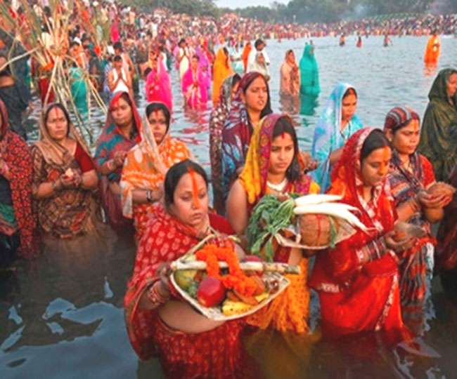 Delhi govt bans Chhath Puja processions in public places amid third wave of spike in COVID-19 cases