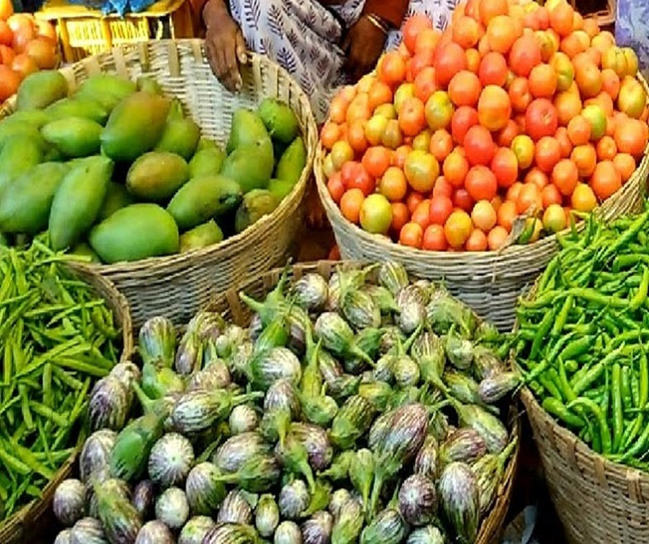 Retail inflation inches up to 9-month high of 7.61% in October on hardening food prices