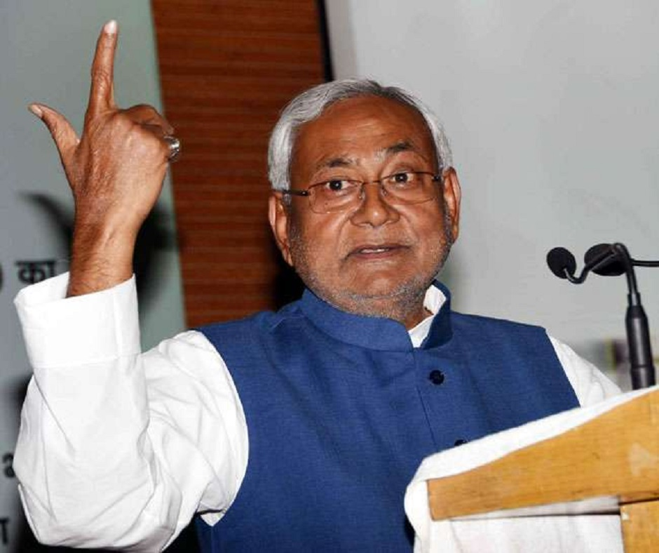 Nitish Kumar stakes claim to form government in Bihar, swearing-in today