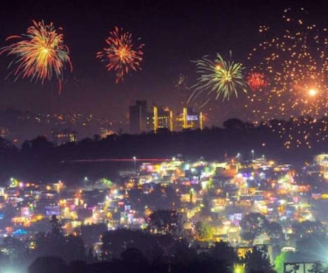 Blanket ban on firecrackers in NCR, other pollution hit UP cities till November 30