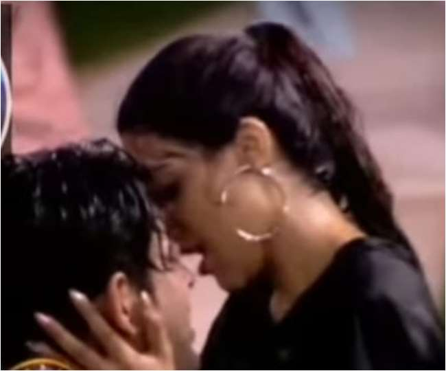 Bigg Boss 14: Nikki Tamboli and Sidharth Shukla's sensuous rain dance is making netizens go weak in the knees | WATCH