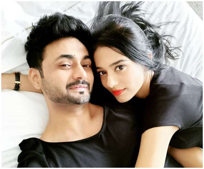 Amrita Rao flaunts baby bump as she expects her first child with RJ Anmol