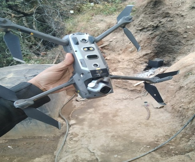 Indian troops shoot down Pakistan Army's quadcopter along LoC in Jammu and Kashmir