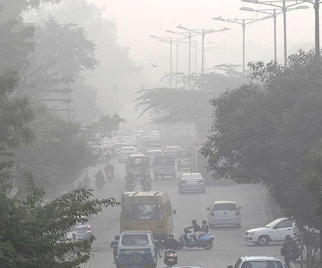 Delhi Air Pollution: AQI in Delhi improves marginally to 'poor' category after hitting eight-month low