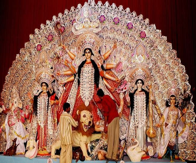 Sharada Navratri Day 4 Maa Kushmanda: Wishes, quotes, messages greetings, WhatsApp and Facebook status to share on fourth-day of Navratri