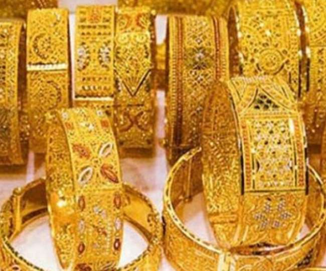 Gold Rate on October 12: Yellow metal rises Rs 240, silver jumps Rs 786; check prices here