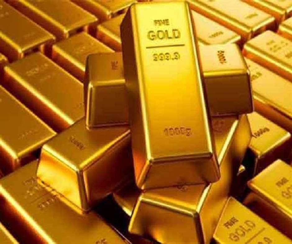 Gold Price October 29: Gold, Silver decline amid weak global demand; check today's rates