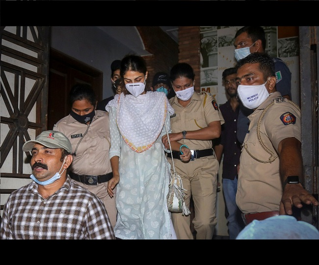 Rhea Chakraborty released from Mumbai's Byculla Jail after HC grants bail