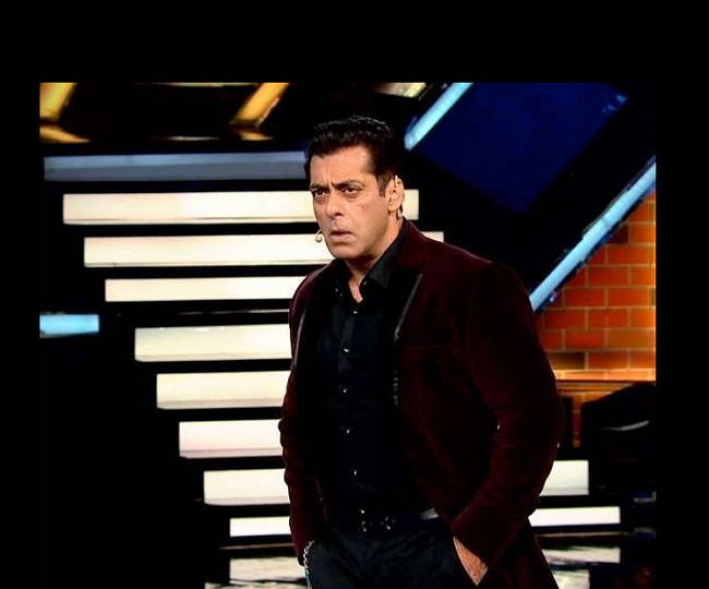 Bigg Boss 14: Shocking! Salman Khan asks all 10 contestants to 'pack bags and leave' | Watch video