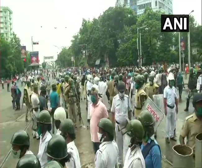 Cops resort to lathicharge, water cannons to stop BJP's 'Nabanna Chalo' march against CM Mamata Banerjee