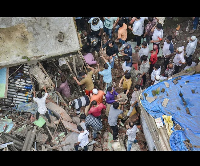 Bhiwandi Building Collapse: Death toll mounts to 20, 23 people rescued so far; case filed against building owner