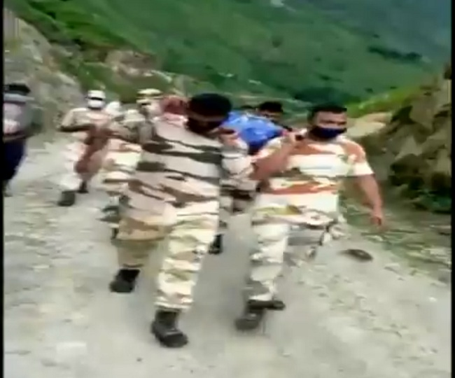 WATCH: ITBP jawans carry local's body for 25 km to hand it over to family in remote Uttarakhand village