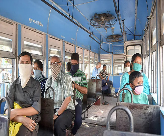 Unlock 4.0 | Is travelling in public transport safe amid COVID-19 pandemic? Here's what you should know