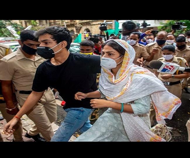 Rhea Chakraborty Drug Case: NCB conducts raids in Mumbai and Goa, arrests 7 alleged drug peddlers