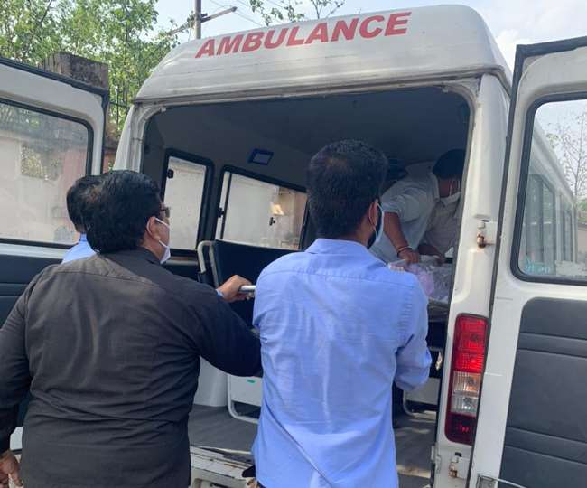 COVID patient dies at Dehradun hospital, bereaved family finds out at cremation ground body is of someone else
