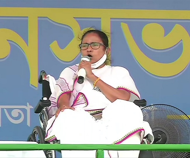 West Bengal Polls | 'Is he a God or superhuman?': Mamata Banerjee's dig at PM Modi for predicting BJP win