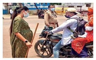 Pregnant DSP from Chhattisgarh urges people to follow rules amidst..