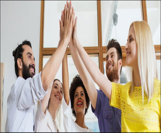 National High Five Day 2021: Wishes, messages, SMS, quotes, Facebook and WhatsApp status to share with your loved ones