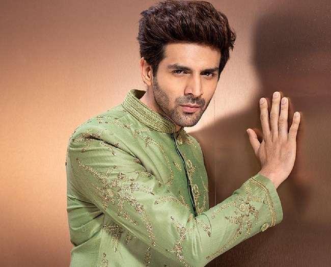 Kartik Aaryan dropped from Karan Johar's Dostana 2? Here's what reports suggest