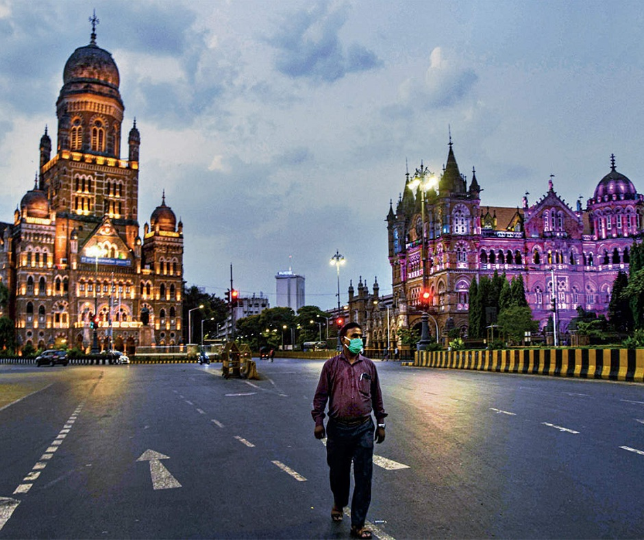 Maharashtra COVID Crisis | No lockdown but curfew imposed in state for next 15 days, only essential services allowed